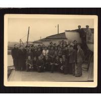 Alfons Olszewski z drużyną żeglarską, Gdynia lata 30. XX w.