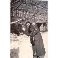 Amelia Heising-Poszowska, Bitwa na śnieżki przed szkołą ul. Książąt Pomorskich, lata 50. XX w.