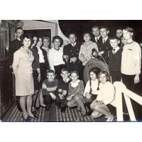 Wizyta na statku Moniuszko, z którym szkoła muzyczna utrzymywała kontakt w latach 1965 do 1976, Sopot 1968 r.