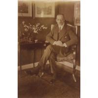 Arthur Claaszen w gabinecie sopockiej willi, ok. 1910-1914 r.