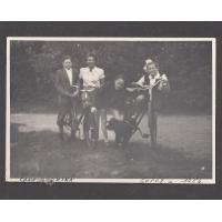 RODZENSTWO SACHSE Z MAMA ZOFIA, 1954 SOPOT