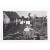 Czesław Kleban z córką Martą  przy ulicy Słonecznej, Sopot 1954 r.