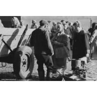 Na sopockim rynku, lata 60. XX w. Autor Ryszard Petrajtis
