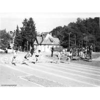 Zawody szkolne na stadionie leśnym, Sopot 1965 r. Archiwum rodziny Gałeckich