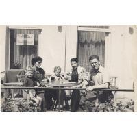 Przy stole, Sopot, 1952 r.