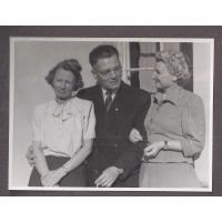 Alicja i Józef Niewęgłowski oraz Alicja Jung, Sopot 1947 r.