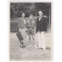 Harry Gawrych z rodzicami