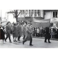Pochód, na zdjęciu Służba Zdrowia Miasta Sopotu, Sopot, lata 50. XX w.