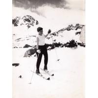 Prof. Józefa Wnukowa na nartach