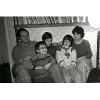 Jan Kaczkowski z rodziną, ul. Sienkiewicza,  Sopot, zima 1980/1981 r.