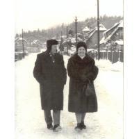 Michał Olichwier z żoną Bronisławą, ul. Małopolska Sopot, 26.12.1962 r.