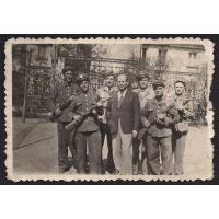 Oddział sopockiej milicji, 1946 r. Ze zbiorów Pawła Górskiego.