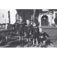 Ryszard, Edmund, Romuald i Zbigniew Krzykowscy, Sopot 1948 r