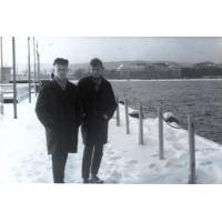 Stanisław Gienc z lewej z kolegą, Sopot, 1963 r.