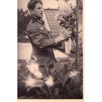 Syn Valeriusa Schütza w ogrodnictwie przy ul. Goyki w czasie II wojny światowej, Sopot