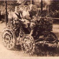 Valerius Schütz (pierwszy z prawej) z rodziną, Sopot 1938 r.